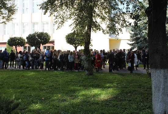 Студенти та викладачі Прикарпатського Національного Університету Ім.В.Стефаника