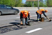 Городская администрация требует от компаний-подрядчиков провести гарантийный ремонт дворов