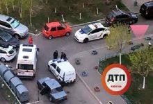 На Дарниці посеред вулиці знайшли тіло мертвого чоловіка