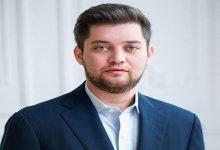 Сын нардепа Фельдмана отказался от депутатских полномочий по собственному желанию