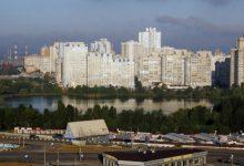 Жители Киева бьют тревогу по поводу свалки на берегу озера Лебединое