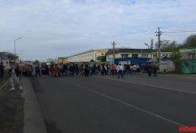 Жители Вишневого перекрыли трассу с требованием принять бюджет на 2018 год