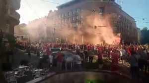 Фанаты Ливерпуля прогулялись маршем по центру Киева. Фото