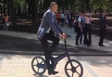 Кличко знову сів на велосипед. Відео
