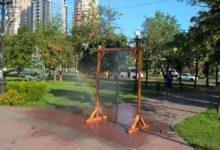 У столичних парках облаштують рамки-розпилювачі