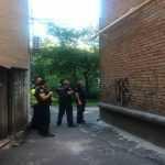 В Черкассах мужчина с двумя гранатами и оружием угрожал взорвать здание
