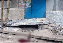 В Донецкой области бетонная стена привалила четырех детей