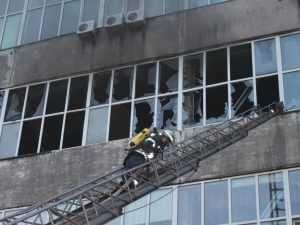 В Киеве горела обувная фабрика. Видео
