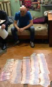 В Киеве на взятке в 200 тыс. задержан замдиректор театра