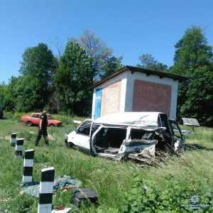 В Одесской области произошло смертельное столкновение автомобиля с поездом. Фото