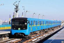 В киевском метрополитене подростки бегали по крыше