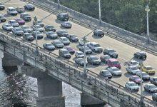 Власти планируют повысить качество дорожного движения на мосте Патона и проспекте Соборности