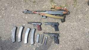 Двое жителей столицы обустроили мастерскую для незаконной продажи оружия
