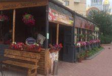 У Києві складено 103 адмінпротоколи власникам незареєстрованих літніх кафешок