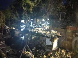 В Дарницком районе сгорел частный дом, в результате чего погибли два человека