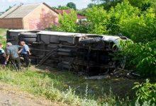 В Хмельницкой области маршрутный автобус съехал в кювет