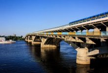 В Киеве в любую минуту может обрушиться мост метро
