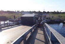 В Николаевской области утонул понтонный мост