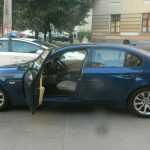 У Києві зловмисники побили чоловіка та намагалися викрасти його авто (фото)