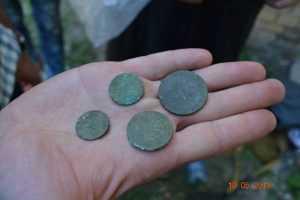 Фахівці з Інституту археології знайшли унікальні знахідки біля Кирилівської церкви