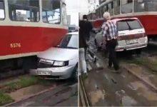 Сьогодні на Борщагівці водій паралізував лінію трамваїв