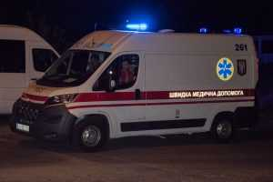 В Дарницком районе горели деревянные бытовки строителей. Фото