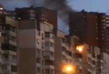 В Дарницком районе горит квартира в многоэтажном жилом доме. Видео