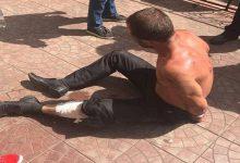 В Киеве мужчина с ножом бросался на прохожих и патрульных