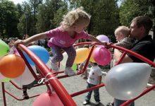 В Киеве стартовал ремонт детских площадок дошкольных заведений