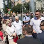 В Киеве на Подоле открыли обновленный сквер