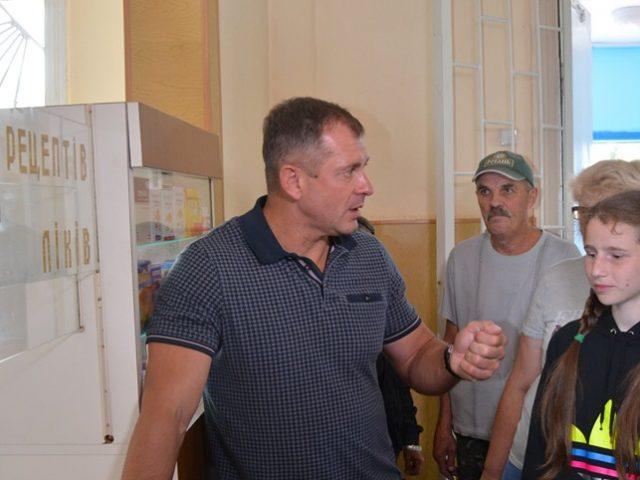 Ігор Молоток відкрив в Шостці аптеку (фото)